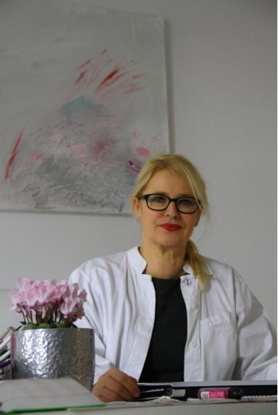 Dipl. Soziologin Martina Gerber,  Gründerin und Eigentümerin der Ästhetik Akademie  Berlin.